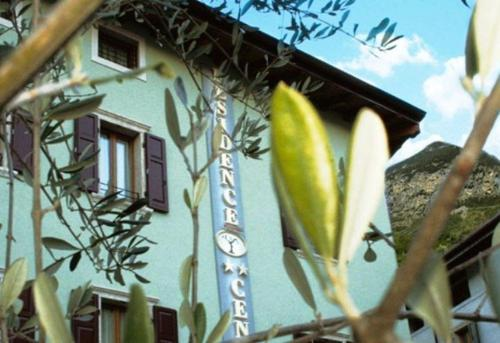 Accommodation in Dro
