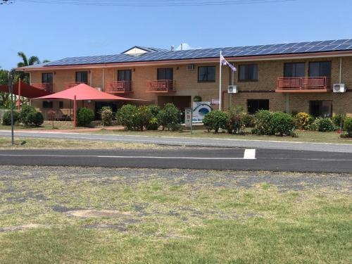 . Kurrimine Beach Motel