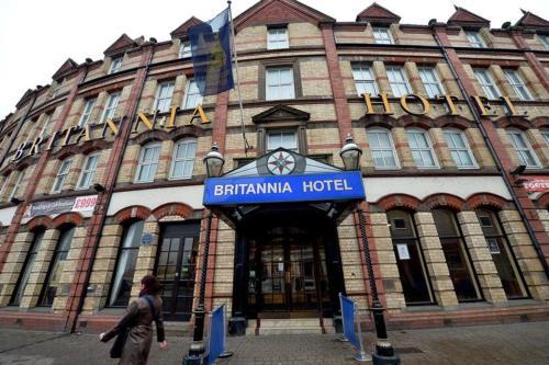Britannia Hotel Wolverhampton - Photo 2 of 27
