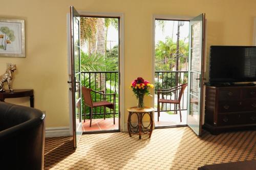 The Eagle Inn - Santa Barbara, CA CA 93101
