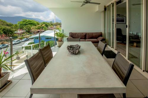 Two-Bedroom Deluxe Oceanfront Apartment