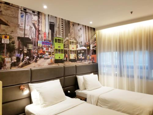 Travelodge Central, Hollywood Road photo 26