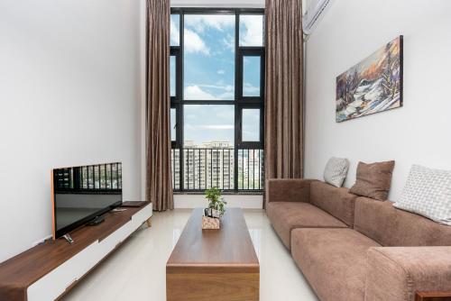. Tang Lan Apartment Poly Daduhui Branch