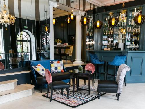 Hotel de Neuville Arc de Triomphe - Hôtel - Paris