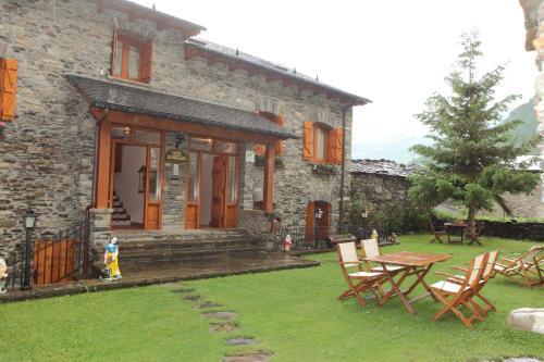 Accommodation in Sahun