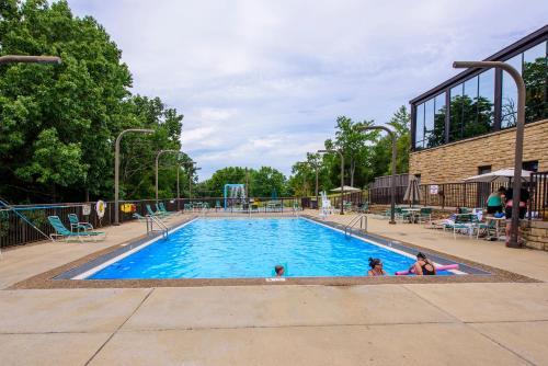 Barren River Lake State Resort Park - Lucas, KY 42156