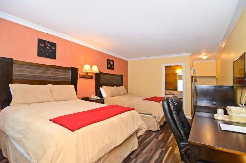 Santa Clarita Motel - Newhall, CA CA 91321