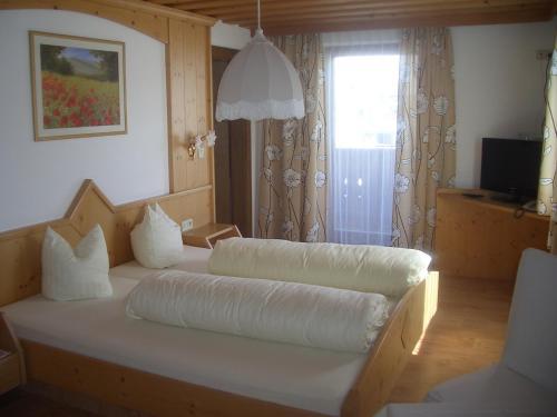 Фото отеля Aparthotel Garni am Johannesbrunnen