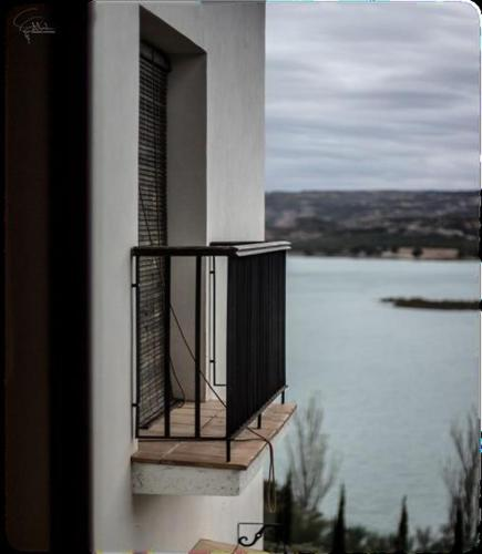 Doppelzimmer mit Seeblick Hotel Balneario de Zújar 7
