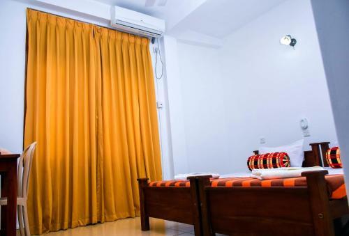 Vishmee Holiday Inn - Embilipitiya