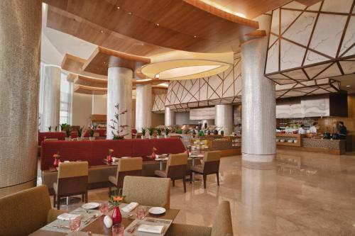 Swissôtel Al Ghurair Dubai photo 57