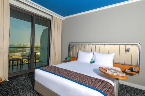 Park Inn by Radisson Abu Dhabi Yas Island photo 12