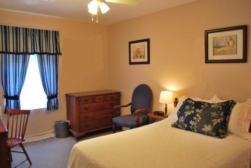 The Inn On Third - St Petersburg, FL 33701