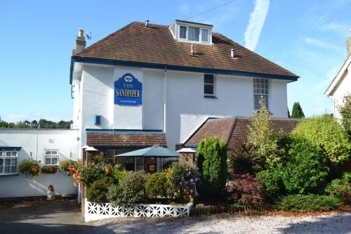 The Sandpiper Guest House (B&B)