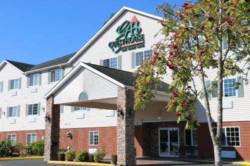 . GuestHouse Inn & Suites Kelso/Longview