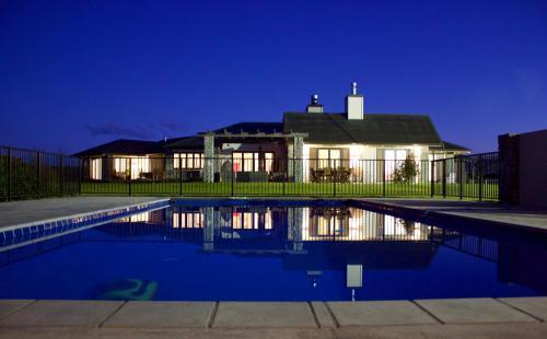 Kalldeen Luxury Accommodation, Clive