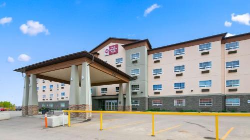 Best Western Plus Peace River Hotel & Suites - Peace River, AB T8S 1R2