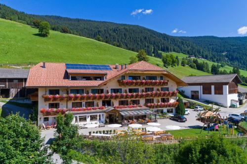 Hotel Schopfenhof Toblach