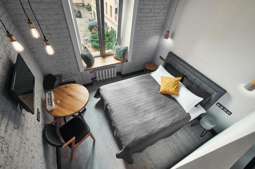 Улучшенный номер-студио с видом на внутренний двор