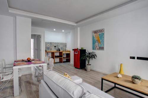 . Lewis&Peter Apartments Los Remedios