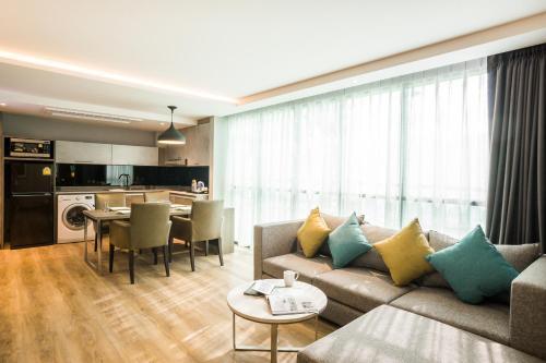 Citrus Suites Sukhumvit 6 by Compass Hospitality photo 13