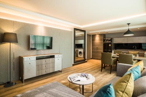 Citrus Suites Sukhumvit 6 by Compass Hospitality photo 14