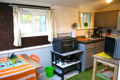 Guest House #4439 - North Hollywood, CA 91602