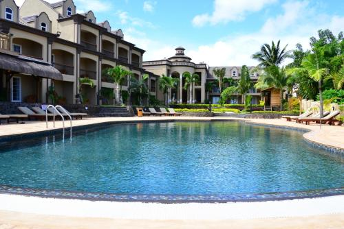 Sunset Reef Resort Spa In Pointe Aux Piments Mauritius