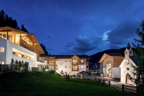 Hotel La Fradora - Dolomites Hotel Alta Badia-San Cassiano/Sankt Kassian