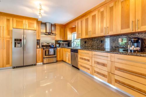 Casablanca Luxury House - Miami, FL 33179