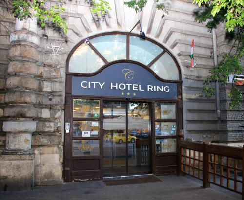 City Hotel Ring photo 30