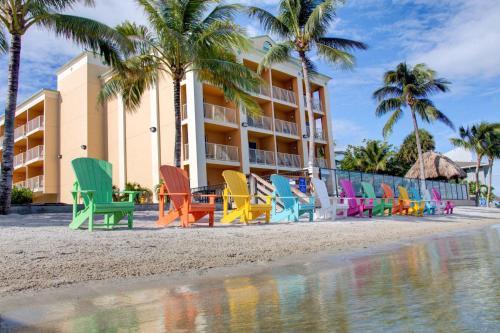 Hutchinson Island Plaza Hotel & Suites