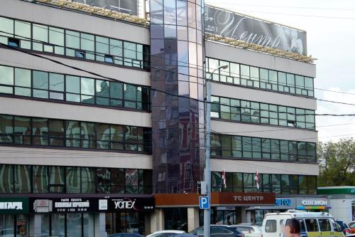 . Apartment on Volodarskogo 27