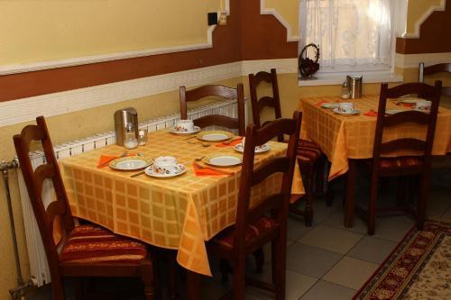 Dobó apartman - Szeged - book your hotel with ViaMichelin