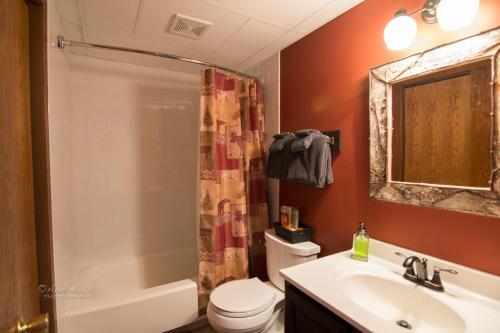 Green Gate Resort Properties - Biwabik, MN 55705