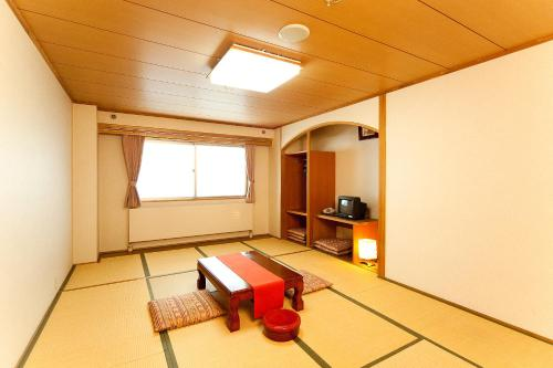 Superior Japanese Style Room with Shared Bathroom - Non-Smoking