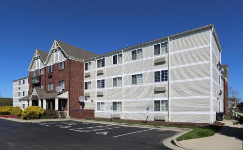 . Extended Stay America Suites - Cincinnati - Blue Ash - Reed Hartman
