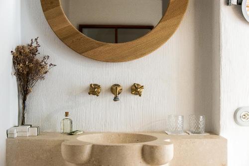 Suite Deluxe con terraza - Uso individual S'Hotelet d'es Born - Suites & SPA 34