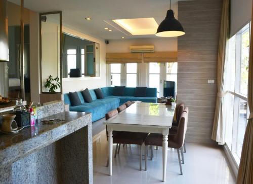 2 Bedroom Villa Bangrak Beach 2 Bedroom Villa Bangrak Beach