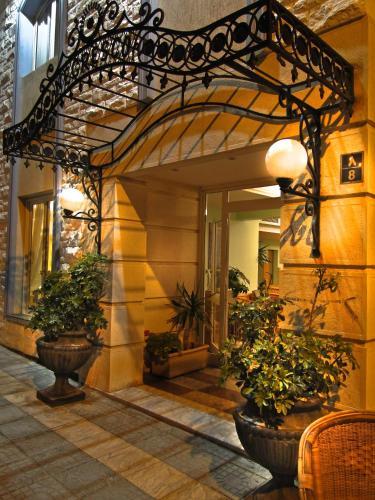 . Negresco Hotel