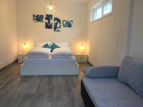 . Loft 82 Apartments
