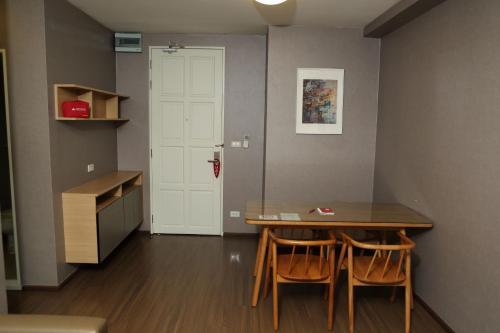 ZEN Rooms Sukhumvit Soi 22 photo 20