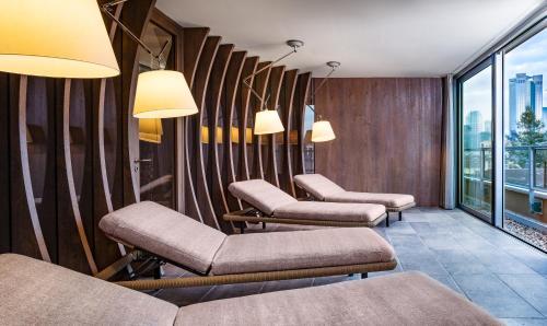 SAKS Urban Design Hotel Frankfurt photo 17