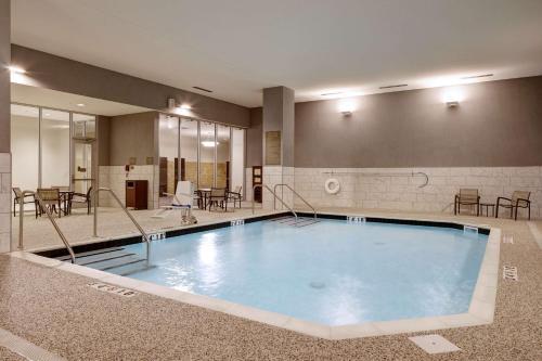 Hyatt Place St Paul - Saint Paul, MN 55101
