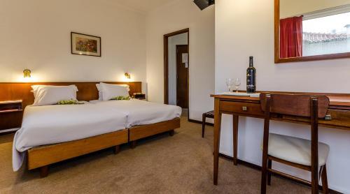Hotel Praia do Sol rum bilder
