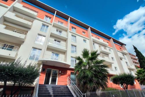Zenitude Hôtel-Résidences Béziers Centre - Accommodation - Béziers