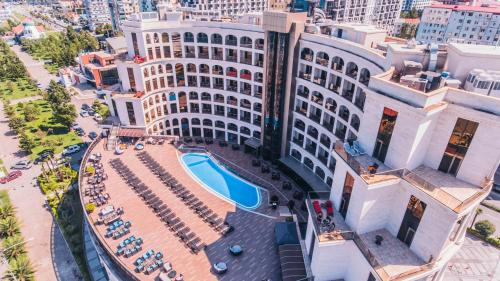 Colosseum Marina Hotel - Batumi