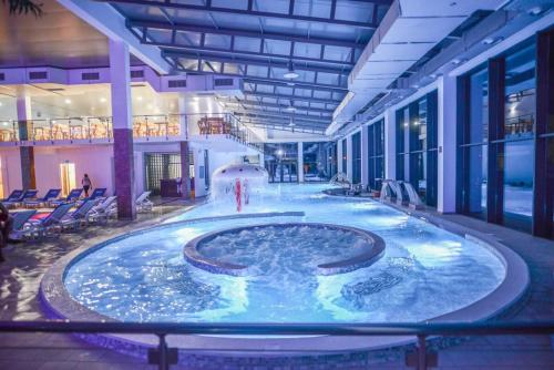 Garni Hotel Hollywoodland Wellness Belgrade In Serbia