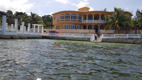Waters Edge Villa