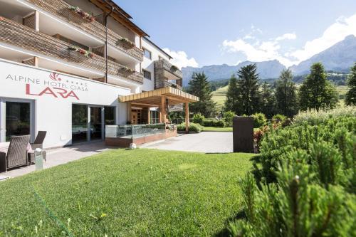 Alpine Hotel Ciasa Lara Alta Badia-La Villa/Stern